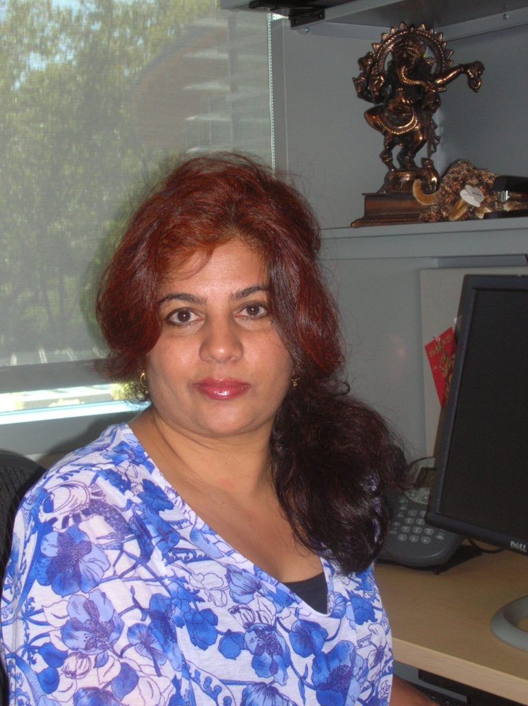 Teacher Profile: Professor Neha Dave Blends Poetry and Economics at Mills Business School