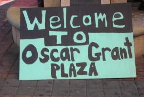 t OO 10 25 12 Oscar Gant Plaza