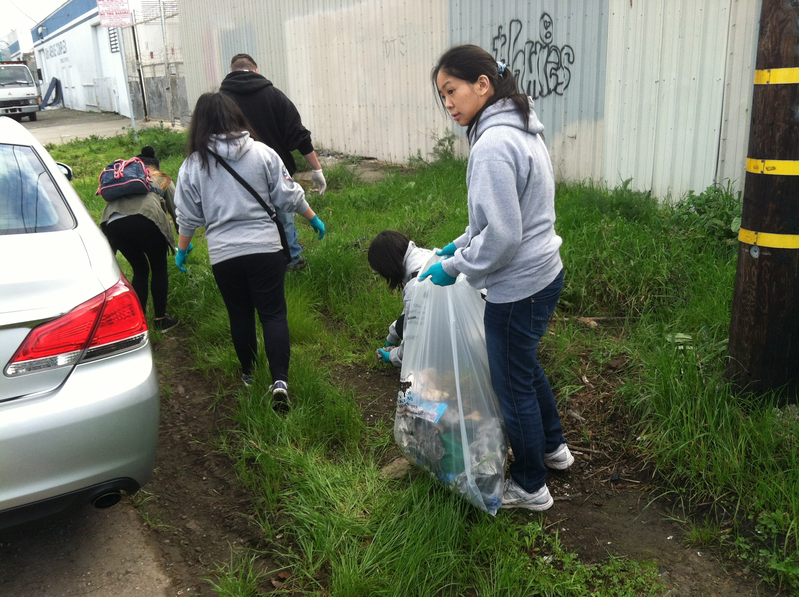 Volunteers clean-up G Street