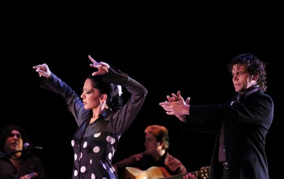 Yaelisa and Caminos Flamencos