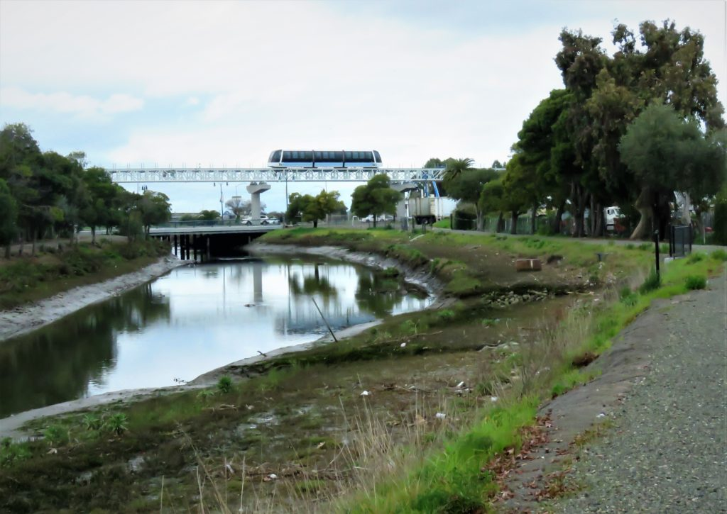 San Leandro Creek Project Aims for Park and Bikeway in Deep East Oakland